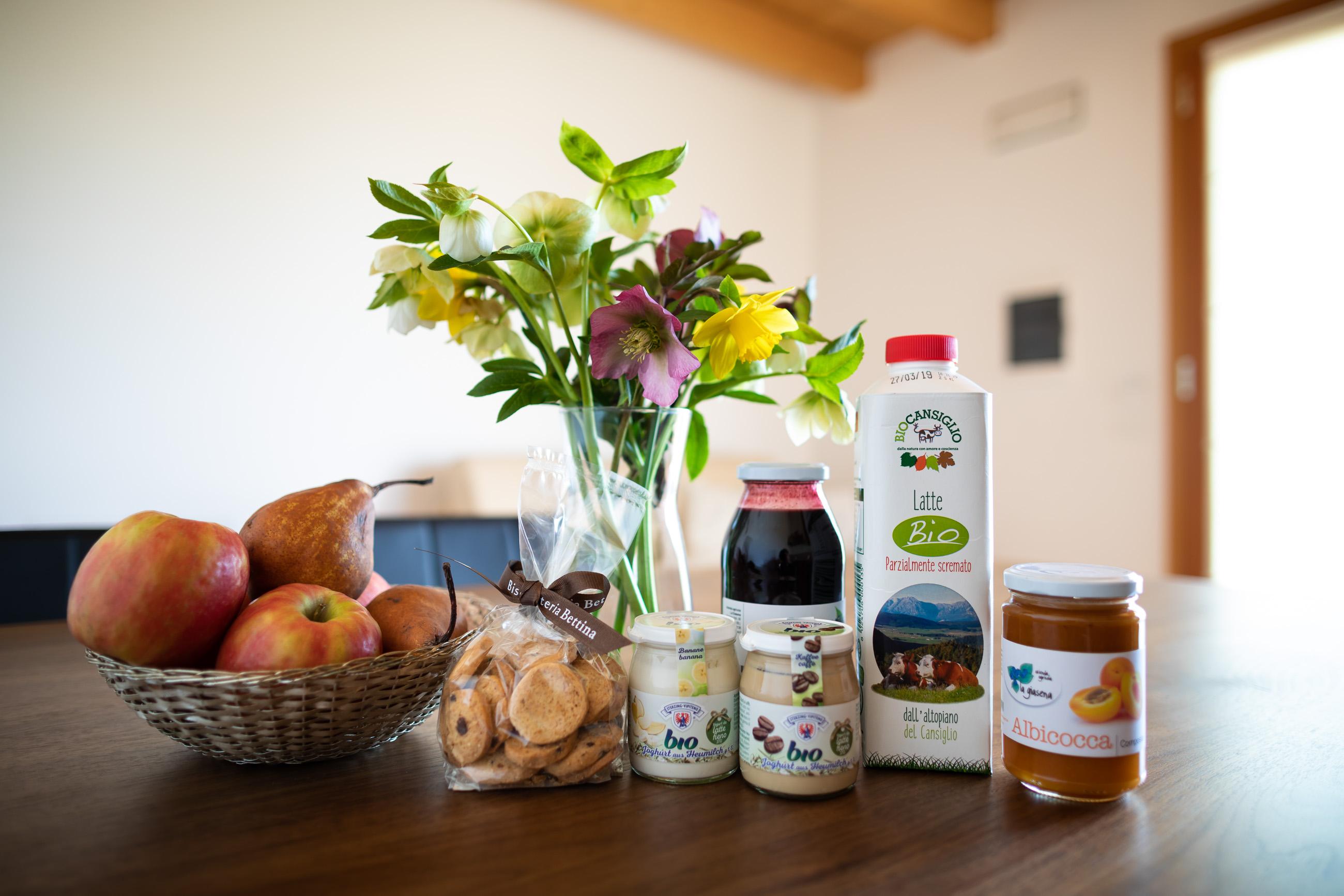 prima colazione di Casa Fiorindo, a base di prodotti biologici e locali, selezionati da Paola