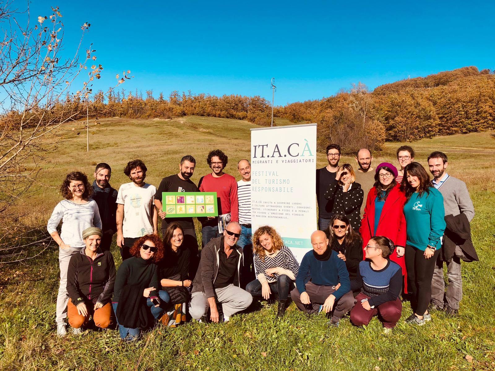 Lo staff di IT.A.CA 2019, il tema è la restanza. Foto via festivalitaca.net