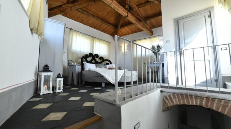 Interno di una camera della struttura Bisos, photo Ecobnb
