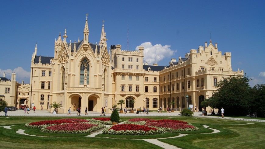 Castello di Lednice e giardino
