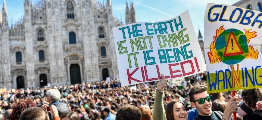Piazza Duomo a Milano il 15 marzo 2019 per lo sciopero mondiale per il clima