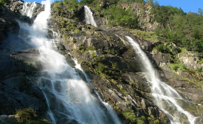 Cascata di Nardis, tra le cascate del Parco Naturale Adamello Brenta più belle