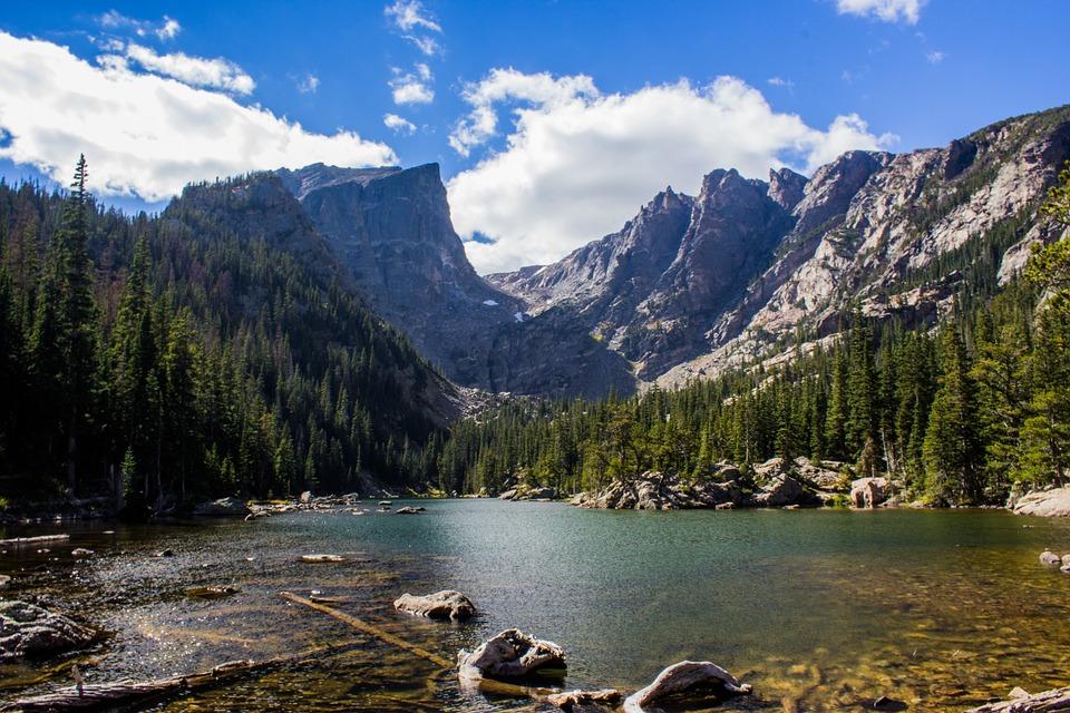 Paesaggio in Val di Fassa, photo via Pixabay