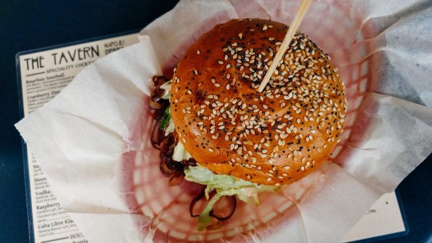 hamburger vegano a praga
