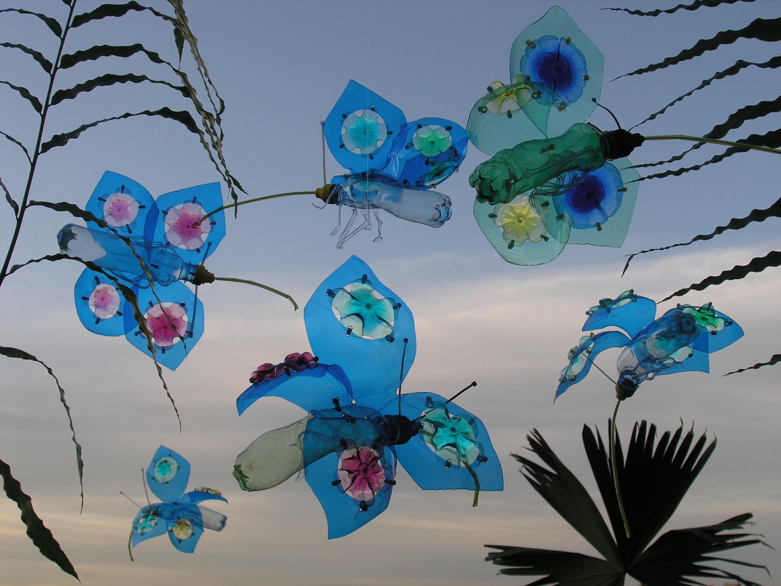 Farfalle, opera di Veronika Richterová