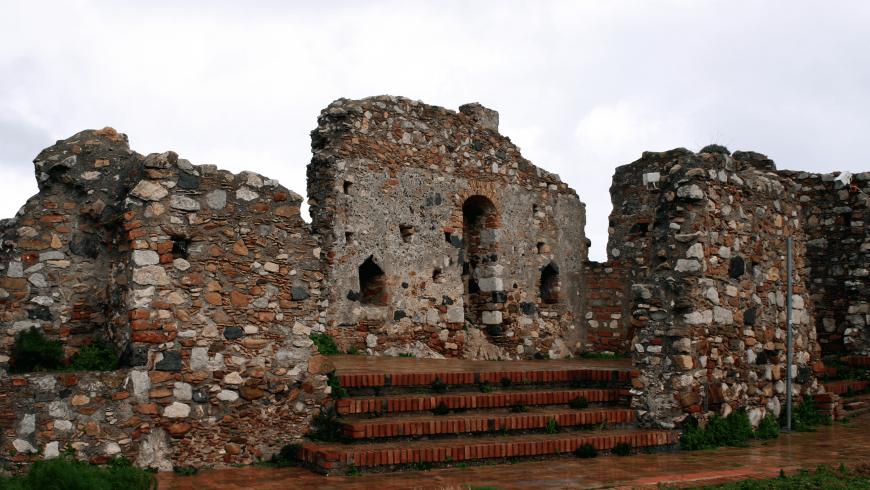 Le rovine del castello di Castelmola