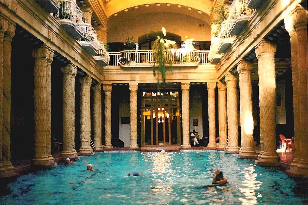 Bagni termali Gellert a Budapest, Ungeria,