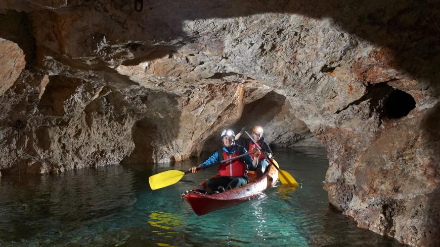 kayak sotteraneo in slovenia