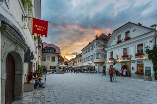 Radovljica, la città più dolce della Slovenia è un'incantevole antica cittadina, nota per il Museo dell'Apicoltura