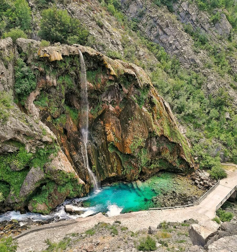 la cascata krki la fonte del fiume krka