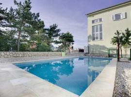 appartamenti luana piscina