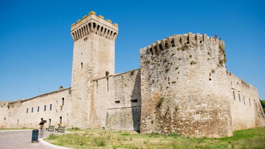 L'emozione unica di dormire in un vero castello: Torre della Botonta