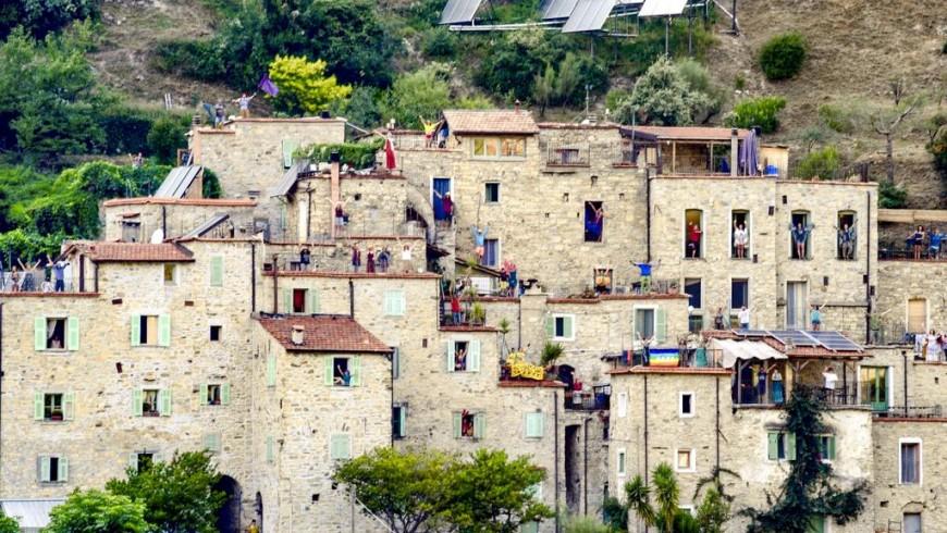 Torri Superiore: Una vacanza tra i mari e monti della Liguria
