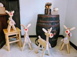 piccole renne in legno come souvenir
