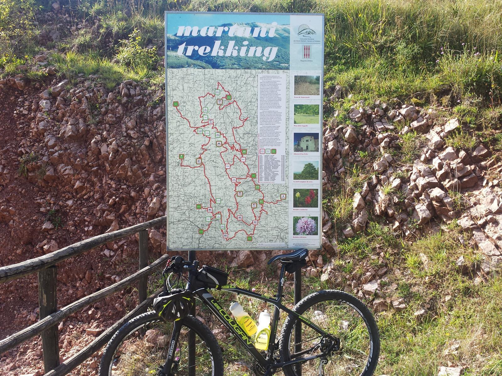 Itinerari di trekking vicino al borgo fantasma Lo Scoppio