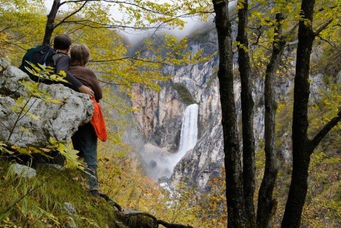 Cascata di Boka in autunno