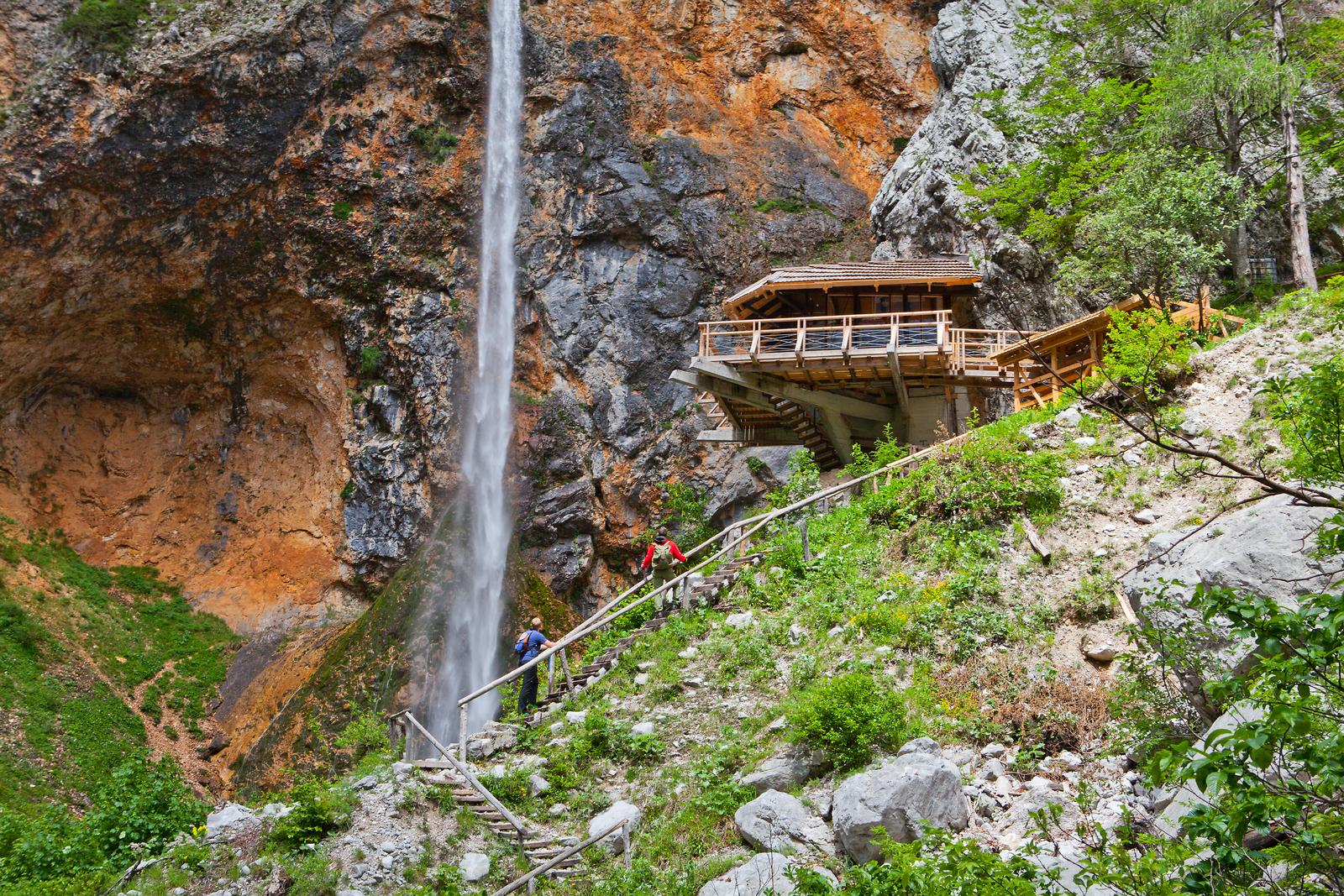 Cascata di Rinka, una delle cascate più suggestive della Slovenia