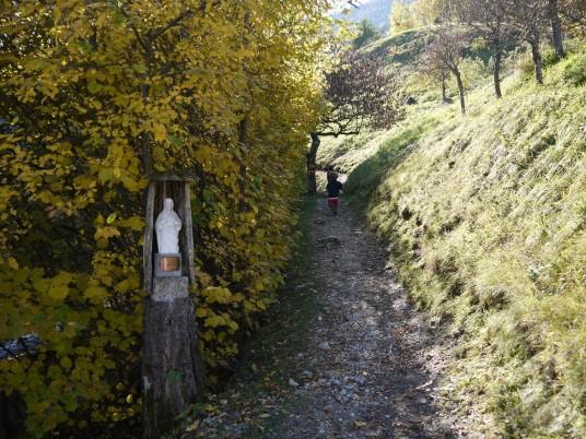 Itinerario da Guardia alla cascata dell'Ofentol