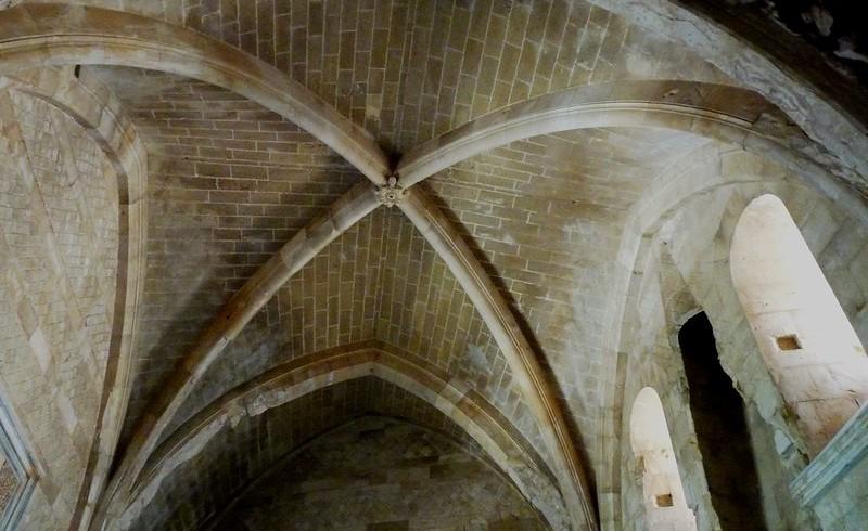 arcate interne al castello