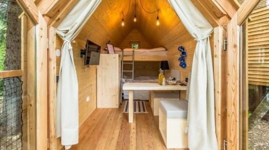interno delle camere costruite interamente in legno