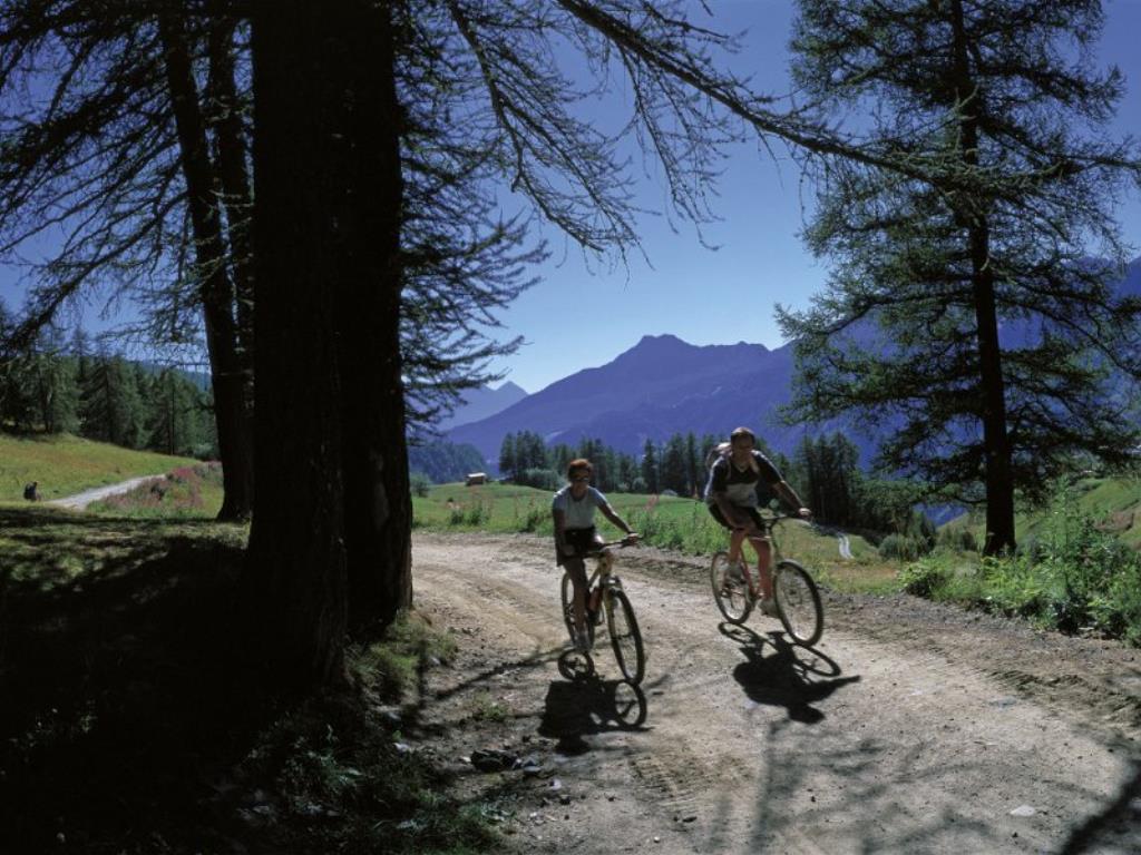 Chamois - La Magdeleine in bicicletta