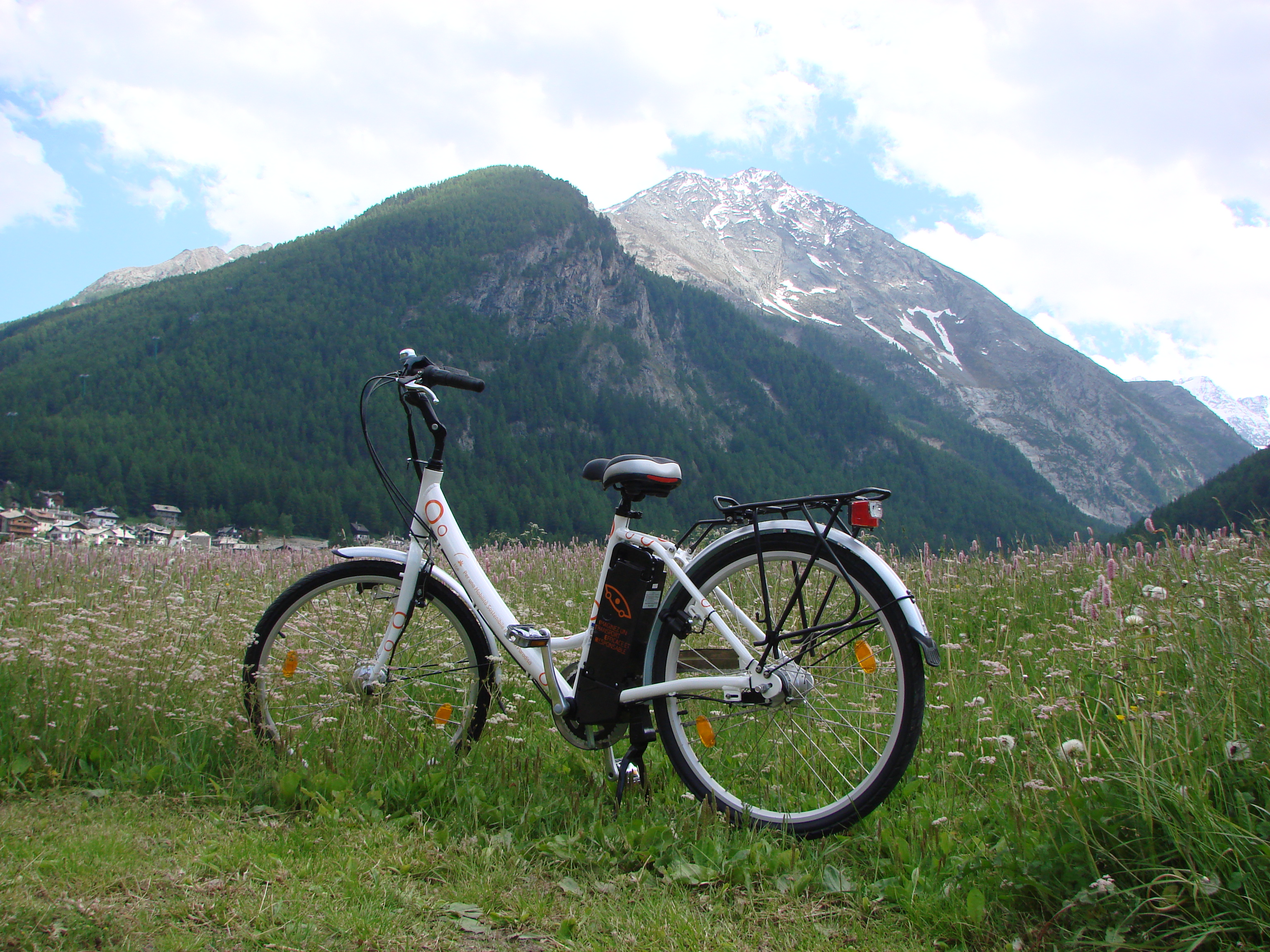 In E-bike a Cogne, ai piedi del Parco Nazionale del Gran Paradiso