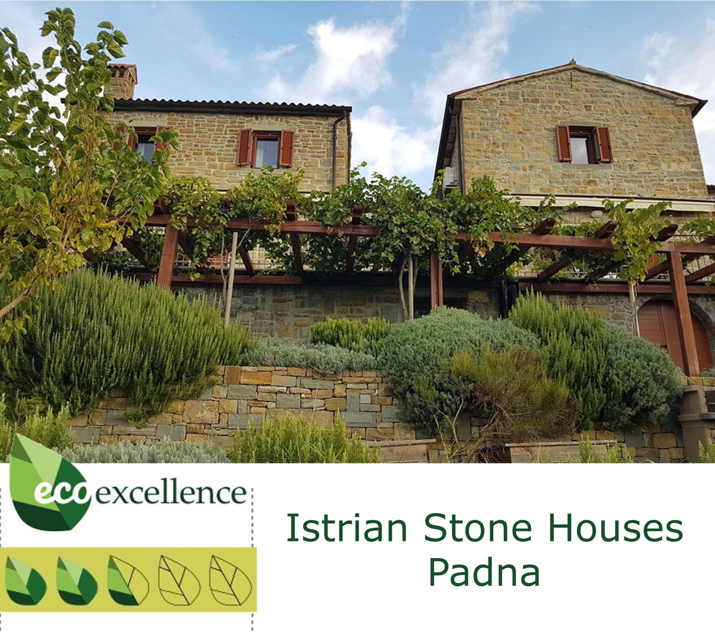 case in pietra d'istria di padna