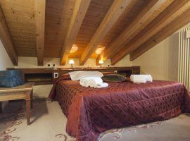 Maison Cly Restaurant & Wellness, dormire bene a Chamois