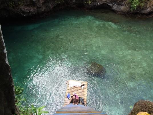To Sua Ocean ditch, photo by Neil via wikimedia