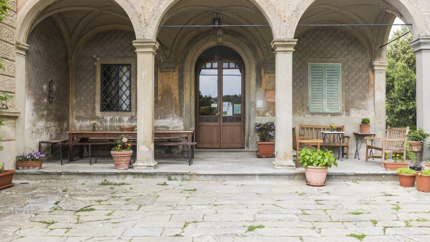Da Villa I Graffi a Casa Cares, casolare eco-friendly in Toscana