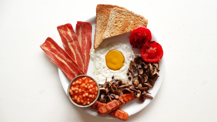 Full English Vegan Breakfast, photo via Vegotel