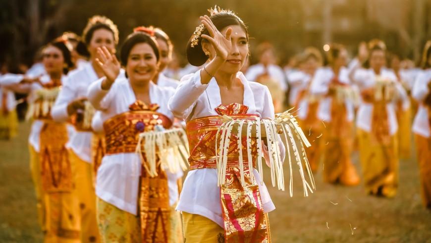 performance di una danza balinese