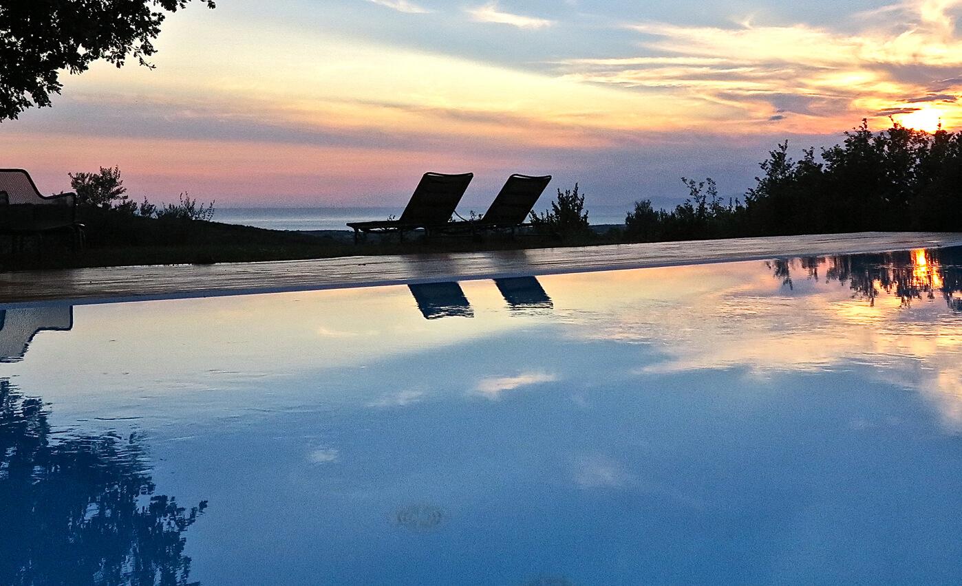 Il Cannito, piscina con vista mare