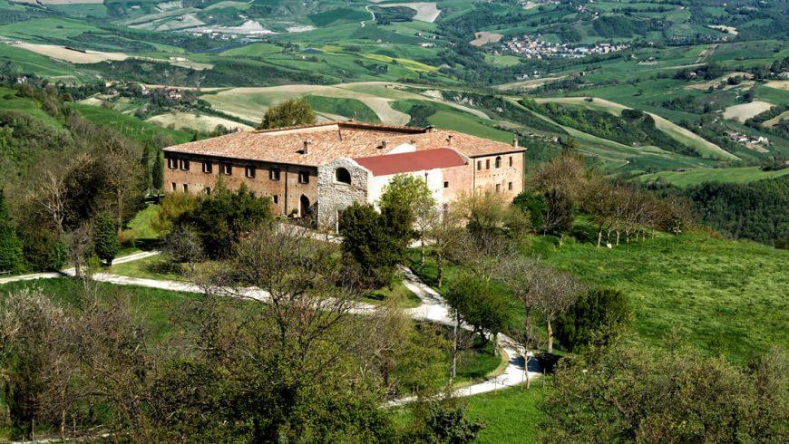 Antico Monastero di Montebello trasformato in agriturismo biologico