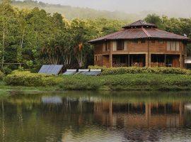 Macaw lodge in Costa Rica