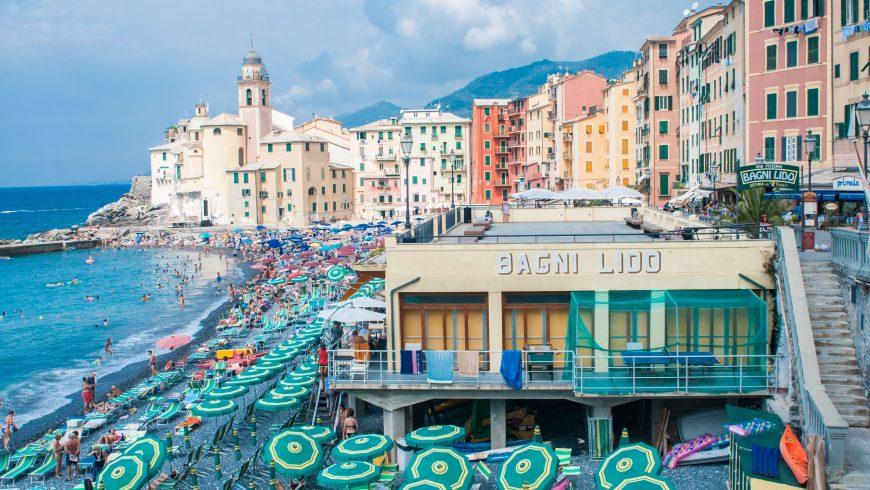 Camogli, Liguria, itinerario a piedi sul mare
