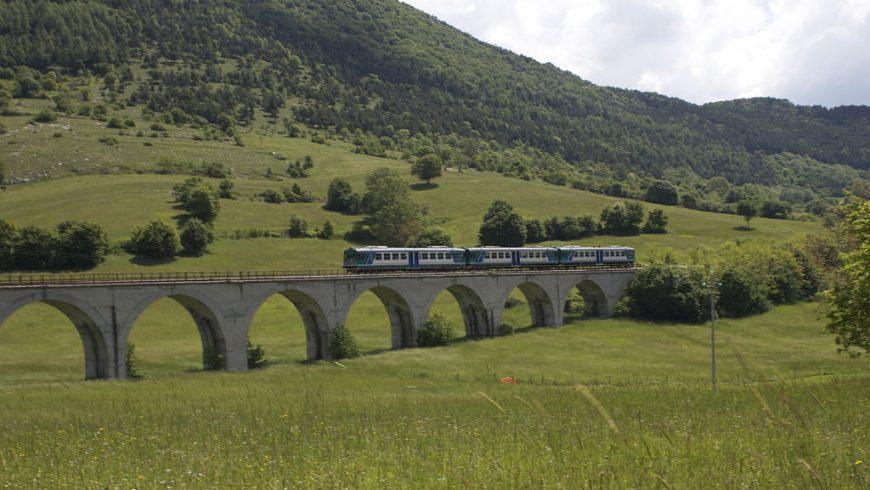 La Transiberiana d'Italia, il treno turistico più alto e spettacolare