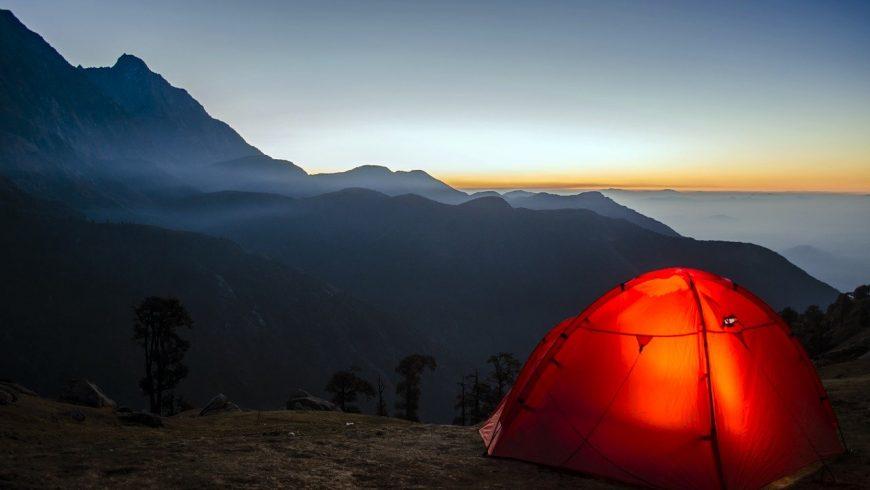 3 Incredibili Benefici del Campeggiare in Tenda nella Natura