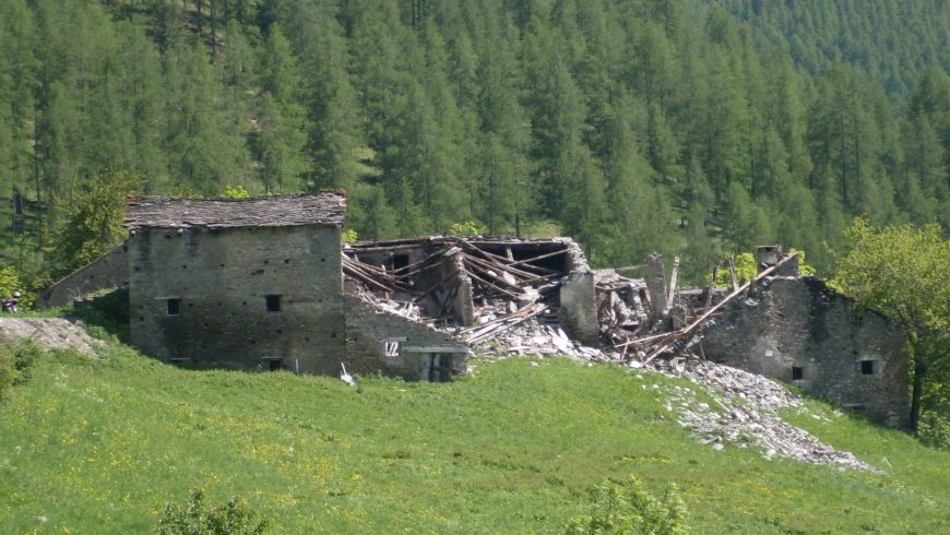 Sagna Rotonda, il borgo abbandonato