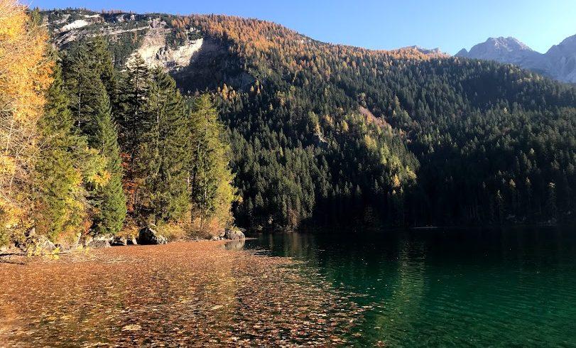 Lago di Tovel, colori autunnali