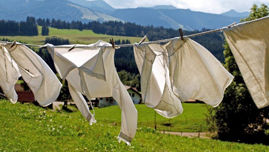 biancheria appesa ad asciugare