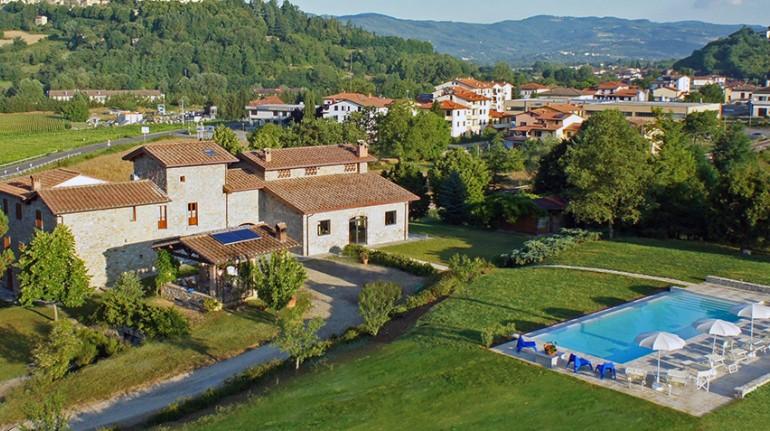 Agriturismo eco-sostenibile in Toscana, con vista castello