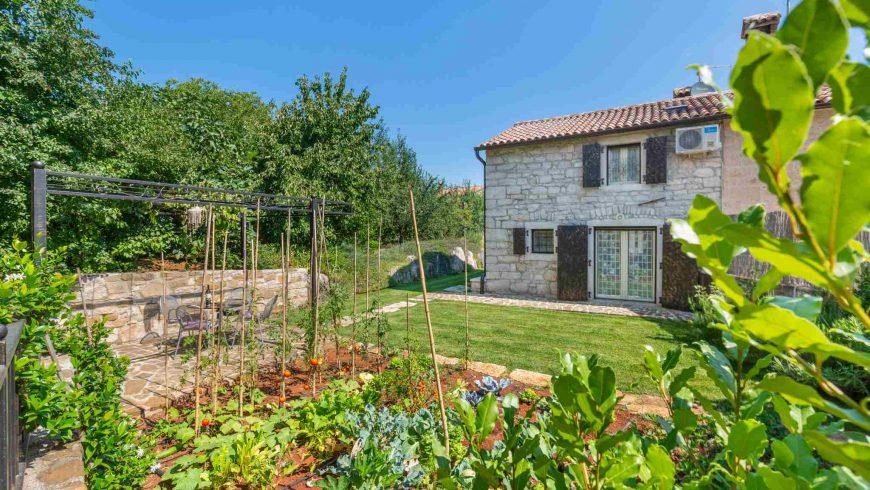 Eco-villa-Gašparini-Istria-giardino-biologico