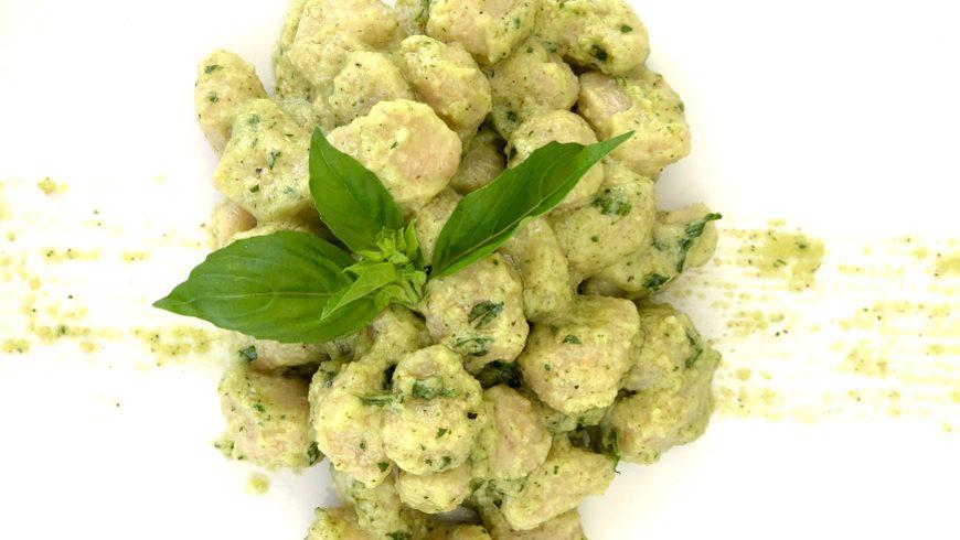 Gnocchetti al pesto e basilico vegani