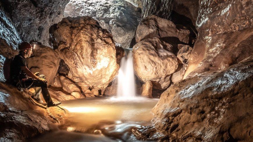 Avventura speleologica Grotta di Pisino