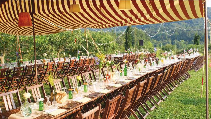 tavolata all'aperto, tipica festa contadina