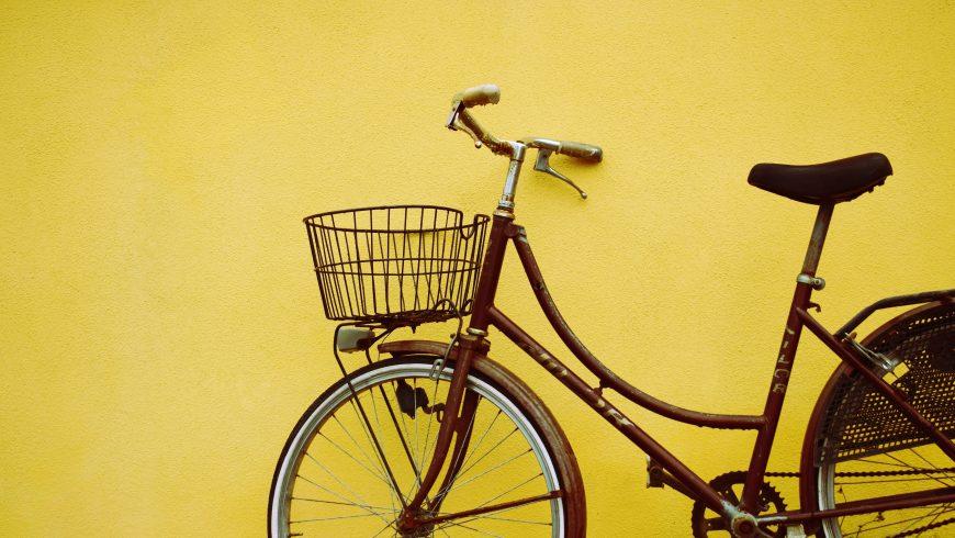 Bicicletta al muro