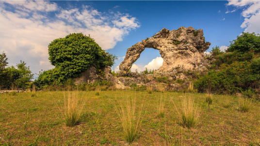 Alloggia in case vacanza ecologiche a Brač e visita il Desero di Blaca