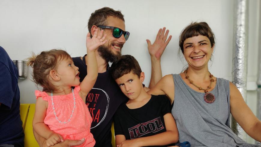 Zrinka e la sua famiglia: dei perfetti eco-host di Na Okić