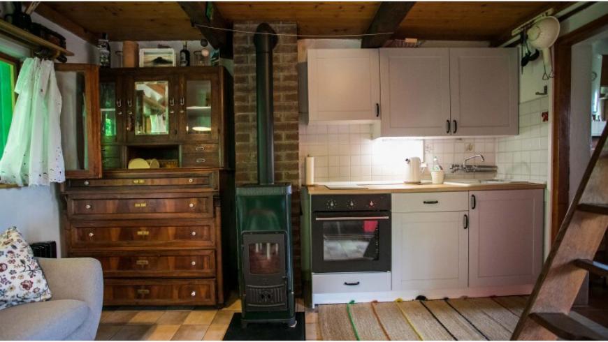Na Okić: una casa di legno immersa nella foresta della Croazia